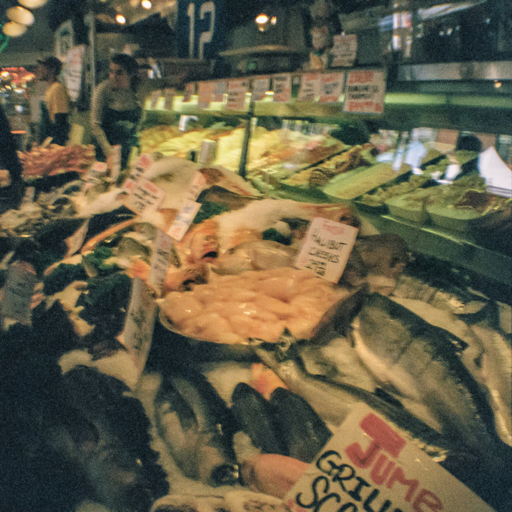Pikes Market Seattle - fishmongers